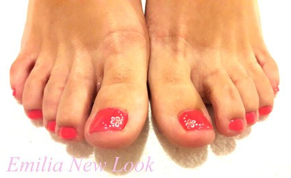 Emilia New Look Pedicure